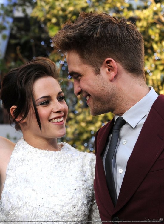 "Kristen Stewart & Rob Pattinson ""All Over Each Other"""