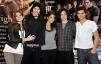 """Twilight"" Cast & Paramore ""Lost Show"" Performance at Hot Topic"