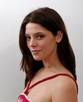Ashley Greene visits Paul & Joe Sister, Bordeaux and Miss Me Showrooms