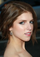Anna+Kendrick+Premiere+Universal+Pictures+Zh6S2ks6wxCl