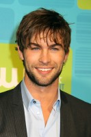 Chace Crawford Age: 24 Single? The gorgeous Gossip Girl star is, as far as we know, completely single. He even told the press back in April this year that he was looking for an English girlfriend. Hmmm... See Him Next: Starring alongside Emma Roberts and rapper 50 Cent in cutting-edge drama Twelve.