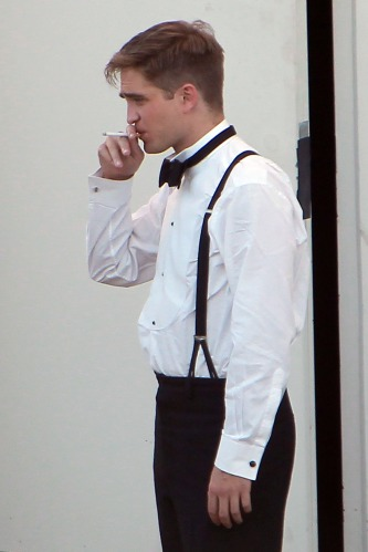 "Rob on the Set of ""Water for Elephants"""