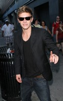 "Xavier Samuel (who plays Riley in Eclipse) was out greeting Twi-hards before a screening of ""Eclipse"" at The Sony Lincoln Square Theatre in Manhattan on Saturday night (July 3)."